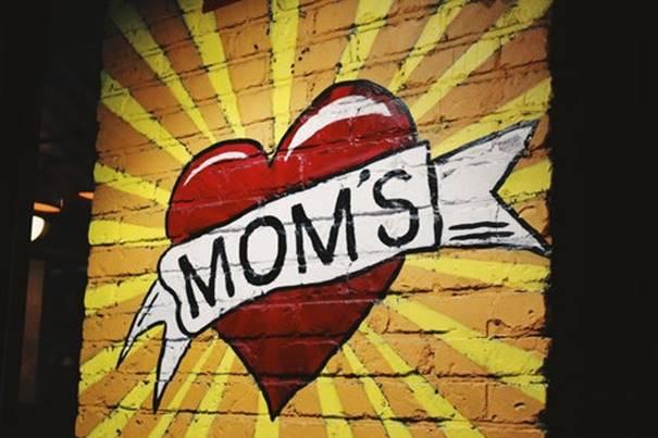 Een moeder is ook een mens
