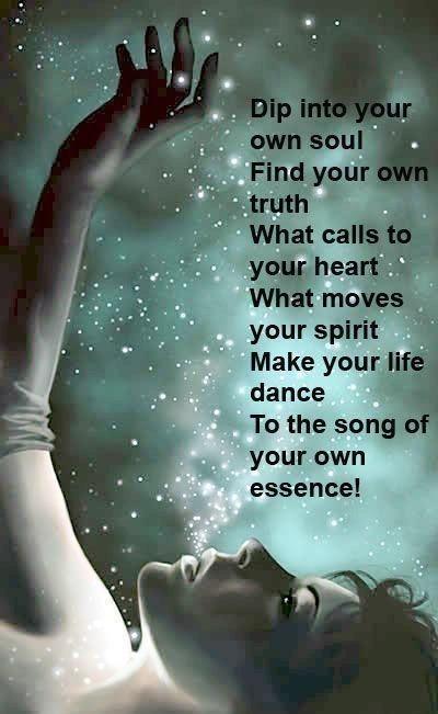 Vele wegen leiden naar je ziel. We zijn hier op aarde om te worden wie we moeten zijn en wie we zijn is de kern van onze ziele-arbeid. De tweerichtingsverbinding tussen onze ziel en onze persoonlijkheid